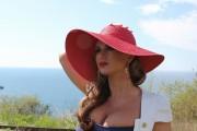 http://thumbnails50.imagebam.com/14319/352071143184638.jpg