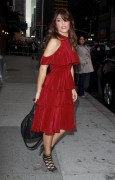 "Jennifer Esposito - at ""The Late Show with David Letterman"" 27/10/'11"