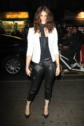 Джемма Артертон, фото 1052. Gemma Arterton Outside the Hoping Foundation charity dinner in London (November 21, 2011), foto 1052