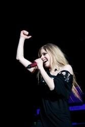 Аврил Лавин, фото 13838. Avril Lavigne Q102 Jingle Ball 2011 in Philadelphia (7.12.2011)*same IB gallery as above, foto 13838,