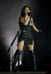 Николь Шерзингер, фото 1982. Nicole Scherzinger - Performs at HMV Hammersmith Apollo in London - 02/19/12, foto 1982