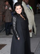 Нелли Фартадо, фото 1440. Nelly Furtado Outside David Letterman Studio - February 23, 2012, foto 1440
