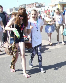 Topic: Street Candid - Teen Mix 1 (Read 16061 times)